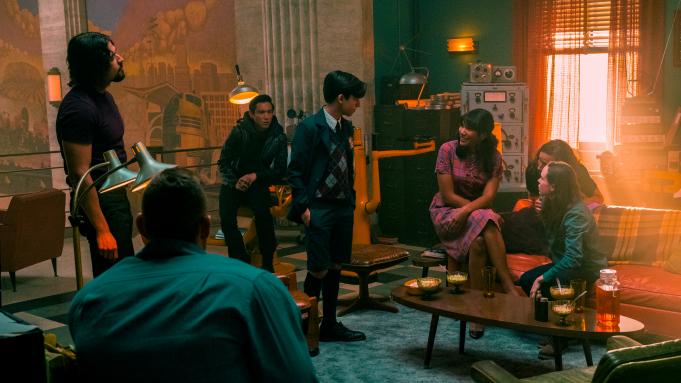 The Umbrella Academy Season 2 Plot