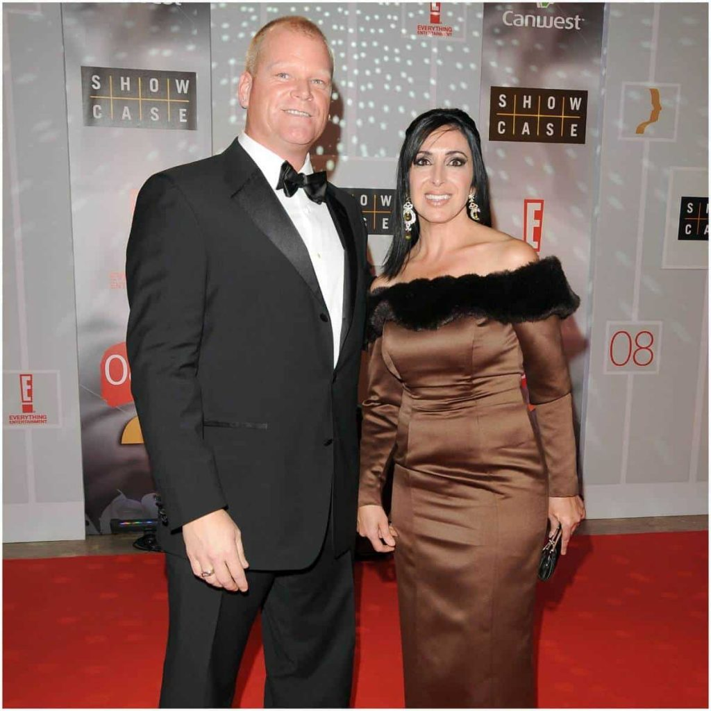Mike Holmes Wife